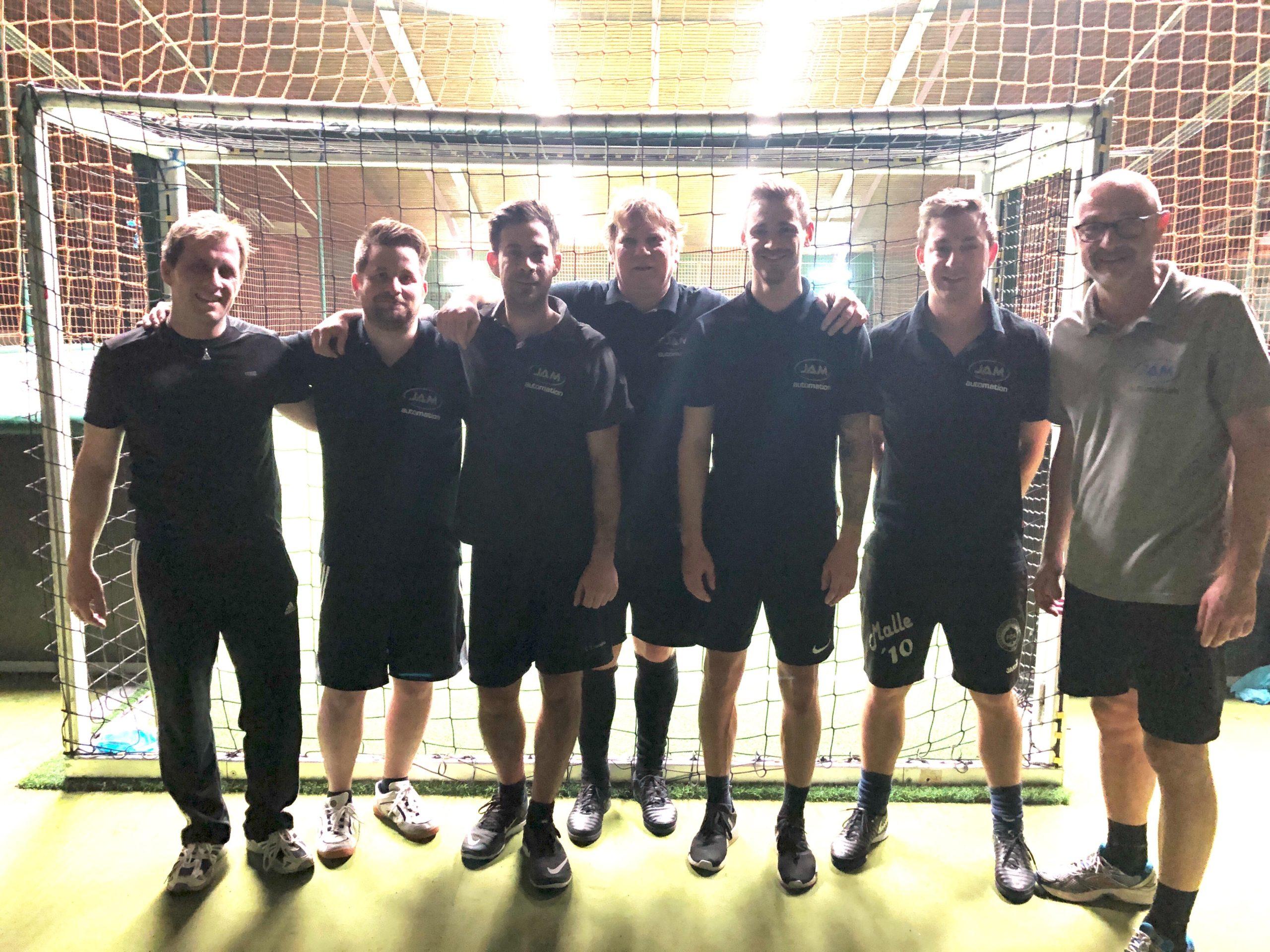 JAM organisierte sein 1. firmeninternes Fußball-Turnier