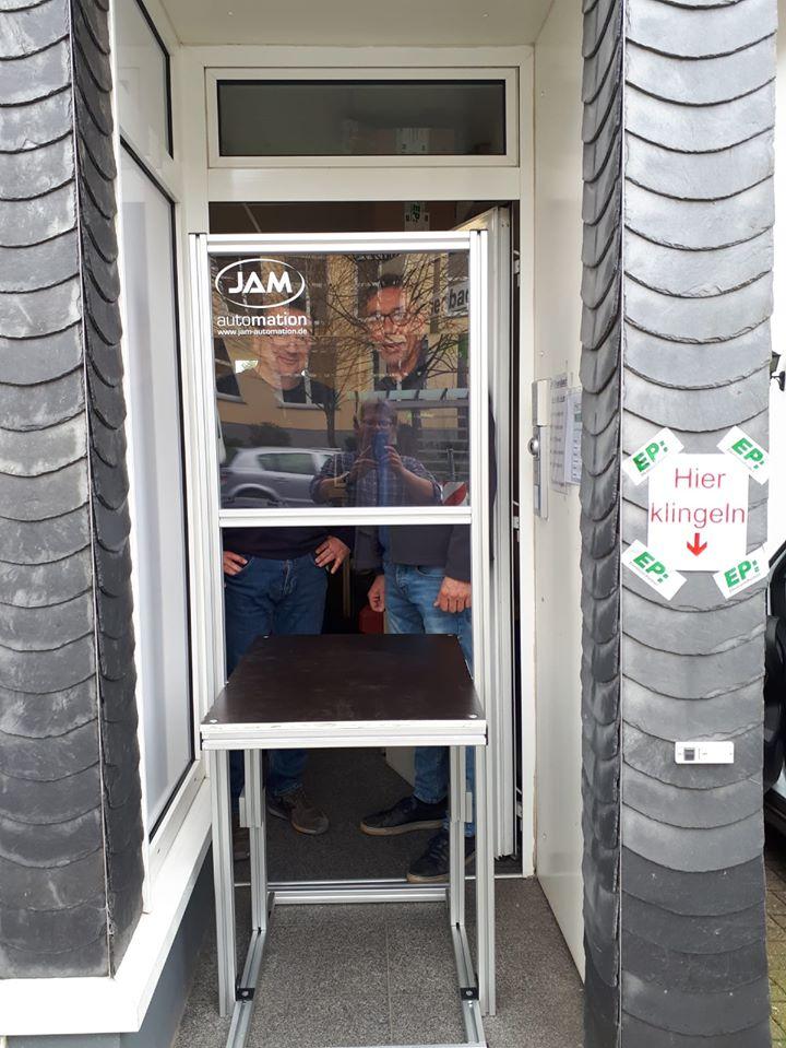 JAM-Automation fertigt Coronaschutz