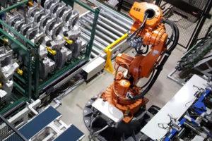 """Kompakte Robotertechnik """"Montageanlage"""" Einpressmutter"""